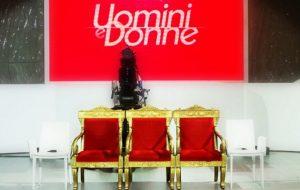 omini e Donne trono classico
